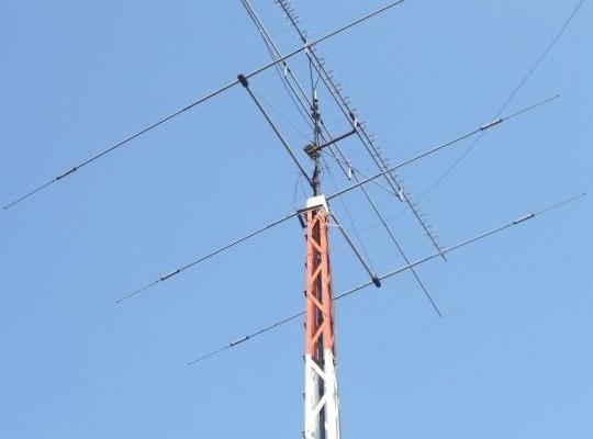 Yeasu FT 817 ND - QRP ham radio - DX antennas - Mods